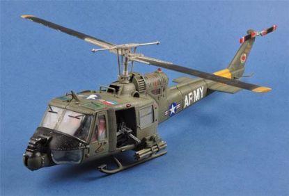 JSI 1/18 UH-1B Huey Gunship 501st Aviation Battalion Firebirds
