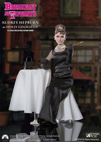 Star Ace Breakfast Tiffany Audrey Hepburn as Holly Golightly Deluxe Version